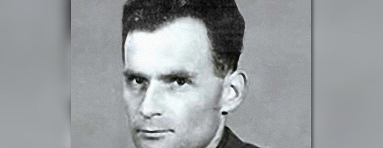 Stalinowski sędzia Stefan Michnik może zostać sprowadzony do Polski i aresztowany. Wojskowy Sad Okręgowy chce, by Szwecja wydała go polskim organom ścigania. 26 października wydano Europejski Nakaz Aresztowania.