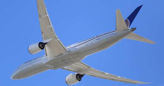 Samoloty i zagrożenie dla zdrowia. Bakterie kałowe i E.coli na pokładach znanych linii lotniczych. Czy to zamach na zdrowie i życie pasażerów?