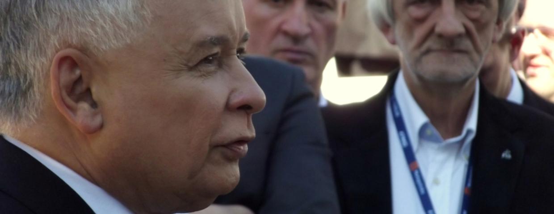Jarosław Kaczyński zakłada posłom dzienniczki