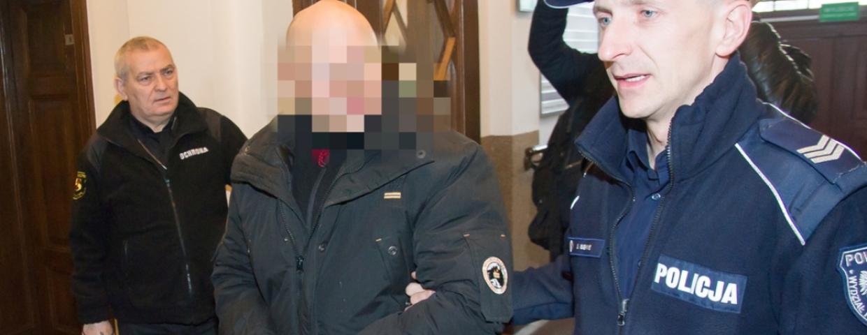łowca nastolatek oskarżony o 65 przestępstw