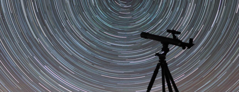 Kolejne sygnały radiowe z kosmosu - czy to komunikat obcej cywilizacji? Podobne zjawisko zostało już kiedyś zarejestrowane. To dówód na istnienie kosmitów?