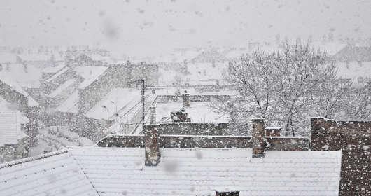 pogoda poniedziałek śnieg