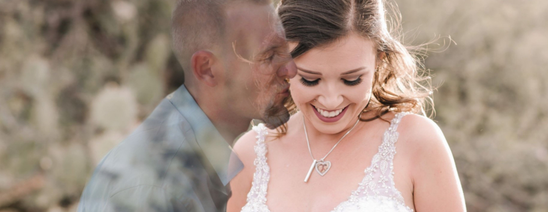 Ślubna sesja zdjęciowa – wzruszające zdjęcia? Narzeczony nie dożył ślubu, ale jest na fotografiach.