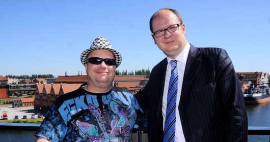 Krzysztof Skiba (Big Cyc) twierdzi, że PiS i TVP odpowiadają za falę nienawiści. Opowiedział kim był dla niego Paweł Adamowicz. Zginął w ataku nożownika