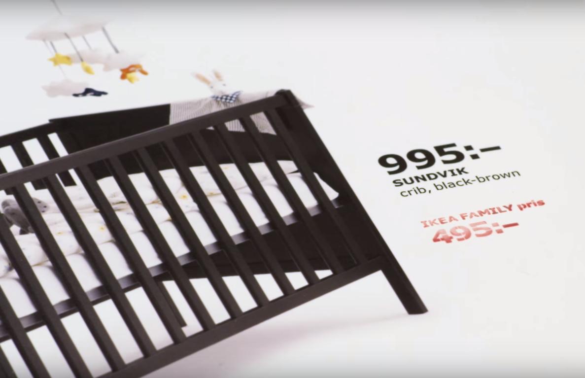Ikea każe kobietom nasikać na reklamę