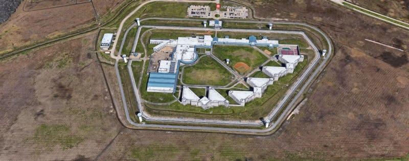 Więzienie federalne w Jefferson County w Teksasie.