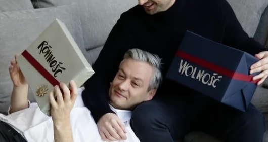 Robert Biedroń i Krzysztof Śmiszek (partia Wiosna) - pikantny wywiad. Geje opowiadają o takich sprawach jak związek, seks, rozłąka. Miłość jak z filmu?